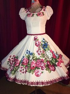 Pagent Dresses, 50s Dresses, Quinceanera Dresses, Fall Dresses, Girls Dresses, Frock Design, Dance Outfits, Dress Outfits, Little Girl Dresses