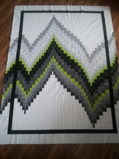 No-Measure Bargello quilt top. Pattern by Cozy Quilt Designs, though I added the border of additional strips.