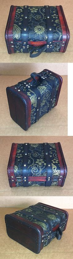 Exquisite Vintage-style small suitcase with cotton flannel inside HF 040-A