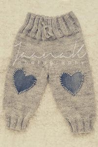 "сладкой жизни и вещей [ ""wool pants from sweet living and th… - Knitting Ideas Knitting For Kids, Baby Knitting Patterns, Baby Patterns, Free Knitting, Knitting Ideas, Baby Leggings, Baby Pants, Baby Dungarees, Knitted Baby Clothes"