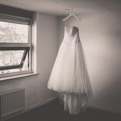 Bruidsjurk, trouwjurk. Nickie Fotografie