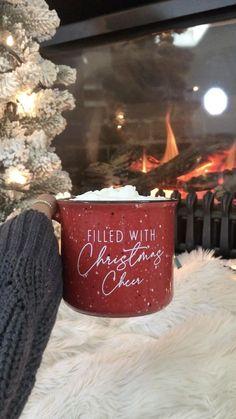 Classy Christmas, Christmas Feeling, Beautiful Christmas, Christmas Garden, Christmas Diy, Christmas Coffee, Best Christmas Quotes, Christmas Videos, Christmas Sayings