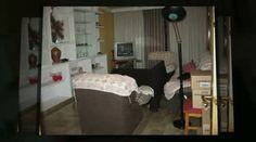 http://www.inmoarabial.com/propiedades ◄◄ MAS INFO AQUI (Telf.: 646 962 980)    Se vende piso en Granada, zona caleta, con 4 dormitorios, salón con acceso a terraza, cocina con lavadero, 2 baños, calefacción, plaza de garaje, residencial con piscina.