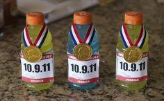 Marathon - Triathlon Party Favors or bottle decor. Race Party, Sports Party, Party Games, Gymnastics Birthday, Olympic Gymnastics, Gymnastics Party Favors, Hockey Birthday, 8th Birthday, Birthday Ideas