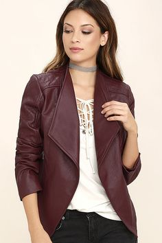 Get on the back of that special someone's motorcycle and ride into the sunset wearing the Jack by BB Dakota Fernando Burgundy Vegan Leather Moto Jacket! Sleek vegan leather in a cool burgundy shade shapes a draping open front with zippered side pockets, and long sleeves with quilted details.