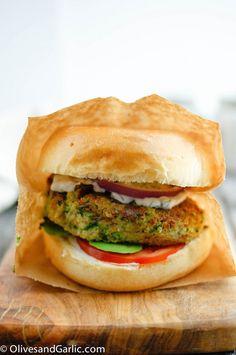Zucchini Veggie Burgers with Quinoa : honestcooking