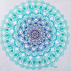 Photo from heymandalas. Oh I love the blues! Mandala.