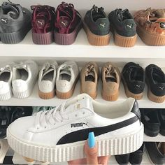 Find images and videos about shoes, sneakers and puma on We Heart It - the app to get lost in what you love. Platform Sneakers, Shoes Sneakers, Shoes Heels, Shoe Boots, Cute Shoes, Me Too Shoes, Baskets Nike, Pumas Shoes, Creepers Shoes Puma