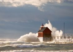 Grand Haven Lighthouse, Michigan by Divonsir Borges