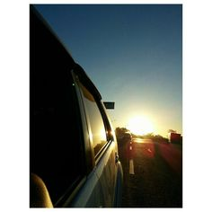 最近朝から陽射しが強い! #strong #sunlight from the #morning #sky#clouds#rising#sun#sunrise#roadtrip#drive#philippines #朝日#空#雲#太陽#朝焼け#フィリピン