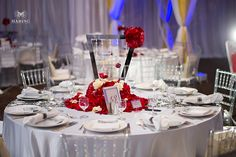 What spectacular table décor! Anushree + Vivek #PGAweddings Photo by - Haring Photography