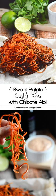 Homemade Sweet Potato Curly Fries with Chipotle Lime Aioli are a healthier spin off the classic sweet potato fry Crispy, sweet, spicy and irresistible! Healthy Recipes, Vegetable Recipes, Healthy Snacks, Vegetarian Recipes, Healthy Eating, Cooking Recipes, Spiralizer Recipes, Vegetable Spiralizer, Veggies