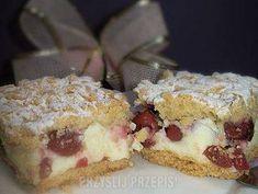 Kruche ciasto z wiśniami i lekką budyniową pianką