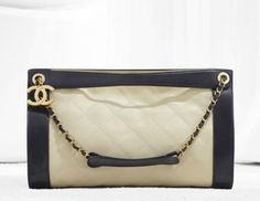 Chanel hobo in supple quilted calfskin, double porte (Spring-Summer Hobo Handbags, Chanel Handbags, Coco Chanel, Mademoiselle Coco, Chanel Purse, Chanel Spring, Fashion Accessories, Shoulder Bag, Purses