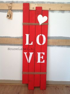Pallet bord - Love groot Made by HouseLabel.nl