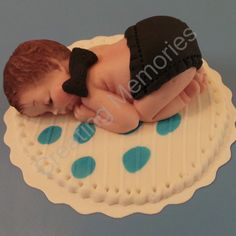 MINION Baby Cake Toppers/Edible Vanilla Fondant/BABY