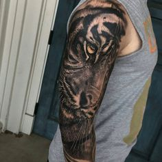 Black and grey tiger sleeve by Quin Hernandez