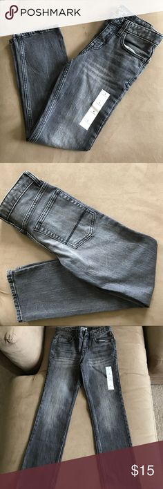 """NEW CAT & JACK BOYS JEANS straight leg SIZE 8 NEW CAT & JACK BOYS JEANS SIZE 8/STRAIGHT LEG . Bought for my 8year old son and he didn't wear  as it's """" not cool """" to wear jeans 😂 check out all my other kids clothing to bundle and save ! I HAVE TONS OF KIDS CLOTHING AT THE VERY BOTTOM OF MY PAGE PAST ALL COSMETICS AND MENS ITEMS . KEEP PN SCROLLING ! SMOKE FREE PET FREE HOME cat & Jack Bottoms Jeans"""