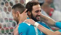 Bellissima la rete di Gonzalo Higuain che firma con la sua prodezza lo 0-2 con il quale il Napoli espugna lo stadio del Legia Varsavia in un incontro del Gruppo D di UEFA Europa League.