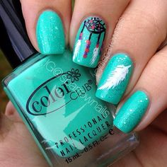 Turquoise, feathers, dream catcher. What not to love about these nails.