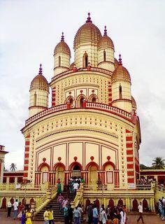 Dakshineswar Kali Temple, Kolkata, West Bengal, In… Temple India, Hindu Temple, India Architecture, Religious Architecture, Taj Mahal, Kali Mandir, Nova Deli, Nepal, Amazing India