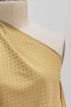 Subtle and springy green on mustard jacquard woven dots from a Japanese mill. A fine quality cotton shirting weight with a soft smooth hand and soft drape. Japanese summers are hot so they know how to weave cool cottons. Perfect for a shirt, blouse, tunic, summer dress, children's or menswear. Marcy Tilton, Japanese Cotton, Vogue Patterns, Jacquard Weave, Fashion Fabric, Fabric Online, Pattern Fashion, Pink And Green, Fabric Design