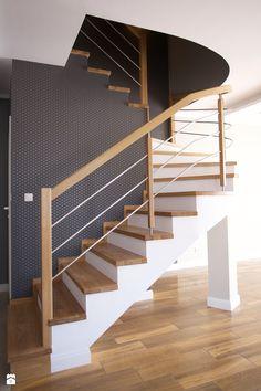 Bliźniak w Gruszczynie - Średnie wąskie schody wachlarzowe drewniane z materiałów mieszanych, styl nowoczesny - zdjęcie od Norbert Perliński