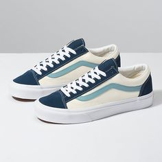 Women shoes Vans Sneakers - - Women shoes Sneakers Jordans - - Women shoes For Work Winter Sport Style, Vans Style, Shoes 2018, Women's Shoes, Buy Shoes, Wedge Shoes, Shoes Sneakers, Flat Shoes, Mens Vans Shoes