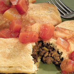 Ojibwe bizhikiwi-wiiyaas biitoosijigan (Native American beef pies) Recipe - My list of the most healthy food recipes American Beef, American Dishes, American Food, Native American Recipes, American History, Jamaican Meat Pies, Pie Recipes, Cooking Recipes, Healthy Recipes