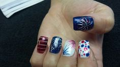 4th of July Independence Day red white and blue sparkly fireworks stripes polka dots acrylic nails