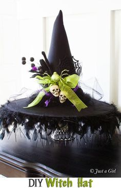 DIY Halloween Witch Hat ~ love the tablecloth (black sateen w/ black boas) Décoration Table Halloween, Homemade Halloween Decorations, Halloween Witch Hat, Fete Halloween, Halloween 2018, Holidays Halloween, Halloween Crafts, Holiday Crafts, Happy Halloween