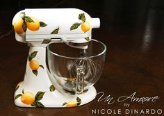 So Fresh and So Clean... Lemon themed Custom painted KitchenAid Mixer by © NICOLE DINARDO of UN AMORE
