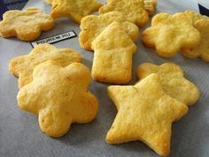 Συνταγές για μικρά και για.....μεγάλα παιδιά: Τυρένια μπισκοτάκια !
