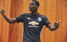 Manchester United 2017/18 adidas Away Kit