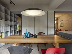 Brilliant Taipei Apartment Doubles Up As A Sophisticated Office Space