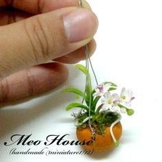 Dollhouse Miniatures HANDMADE Flower Clay Garden Flower Plant Pot(Rement size)