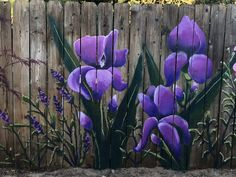 This is awesome looking Garden Fence Art, Garden Mural, Diy Fence, Fence Ideas, Garden Crafts, Garden Projects, Flower Mural, Outdoor Art, Outdoor Landscaping