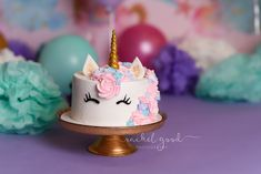 Wren's Unicorn Cake Smash