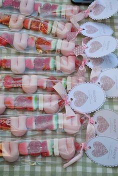 Candy Party, Party Treats, Party Favors, Favours, Candy Kabobs, Sweet Cones, Candy Table, Diy Party, Festa Party