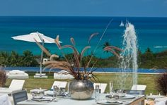 AMAZING villa in St. Martin overlooking the Caribbean sea!