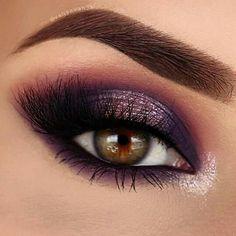 Brown eyes, makeup, pink Smokey eye