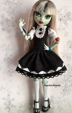 Vestido para muñeca monster high de RopitasKawaii en Etsy