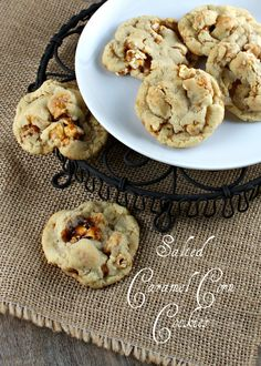 Salted Caramel Corn Cookies @Lisa |Authentic Suburban Gourmet