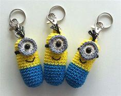 Crochet Crafts, Crochet Toys, Crochet Baby, Crochet Projects, Knit Crochet, Crochet Fabric, Crochet Keychain Pattern, Crochet Patterns Amigurumi, Minion Crochet