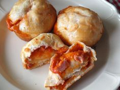 I have a feeling these Pizza Muffins are going to be the kids' new fave - SO EASY and yummy :)