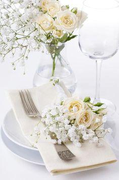 dekoracja stołu na komunię Retro Wallpaper, Wallpaper Backgrounds, Turquoise Bouquet, Vintage Floral, Bright, Table Decorations, Luxury, Home Decor, Luxury Wedding