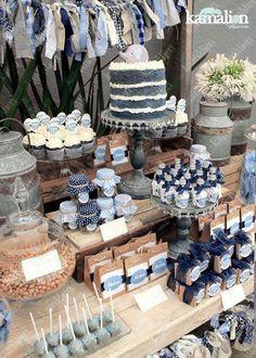 Mx - mesa de dulces / candy bar / postres / naked cake / azul / blue / rustic decor / dulces / vintage / madera / lechero / maletas / it's Denim Baby Shower, Baby Shower Vintage, Baby Boy Shower, Baby Shower Favors, Shower Party, Baby Shower Parties, Baby Shower Themes, Rustic Candy Bar, Candy Bar Decoracion
