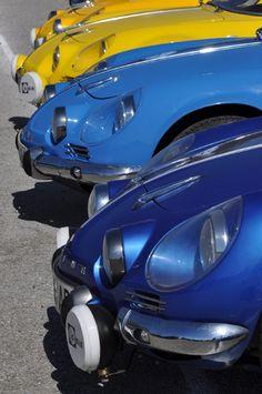Am Samstag war während des Espiritu de Montjuïc Festivals einiges los auf dem Gelände des Circuit de Catalunya. Renault Classic España feierte den 60sten Geburtstag des 4/4 und den 50sten der Alpine A110 und lud zum großen Clubtreffen ein. Ebenfalls dabei Alpine 106 MM, ein