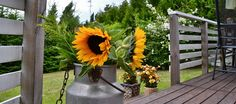 Pornaisissa mielenrauhaa kauniin kodin terassilla. www.tuulafriman.fi  #tuulafriman #kiinteistönvälitys #helsinki #pornainen #kaunis #koti #oikotieasunnot #etuoviasunnot