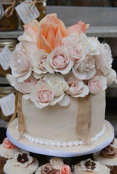 Shabby Chic Neutrals Cake